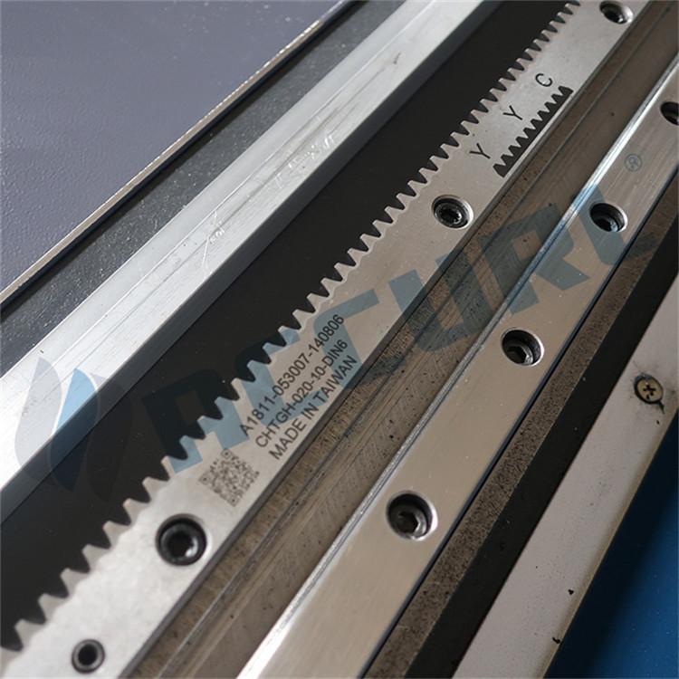 aparat për prerjen e tubit lazer